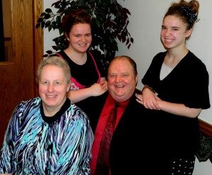 Pastor Greg W. and Julia Davis, daughters Haley, Dawn